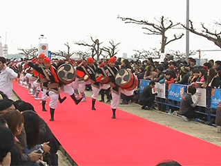 今年も華やかに 沖縄国際映画祭レッドカーペット