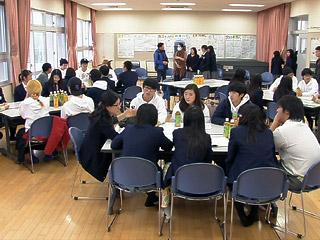 韓国・以友高校と嘉手納高校の生徒が交流