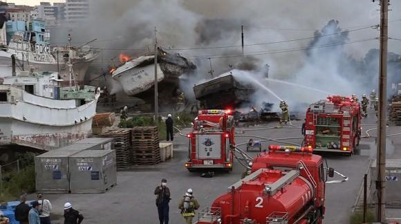 那覇市港町で火事