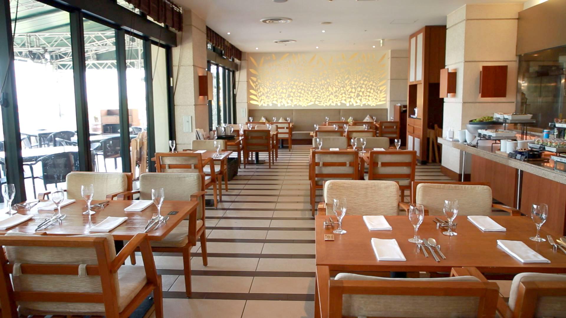 カフー リゾート フチャク コンド・ホテル「Wine & Dining The Orange」