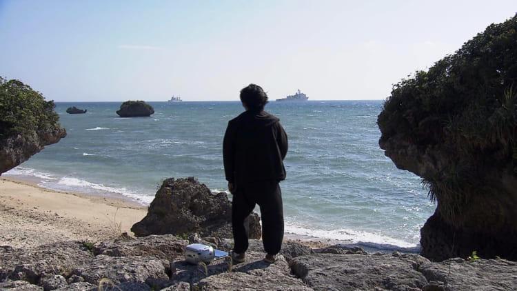 海で歌う宇良さん
